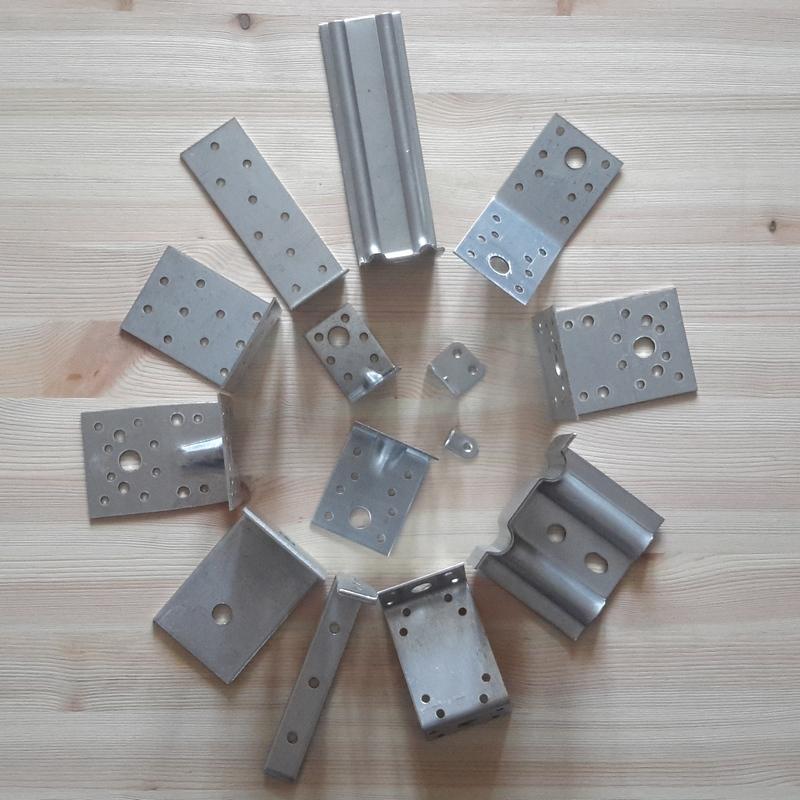 металлический перфорированный крепеж